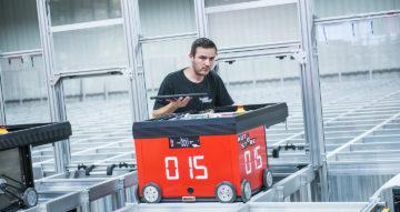 AutoStore robot